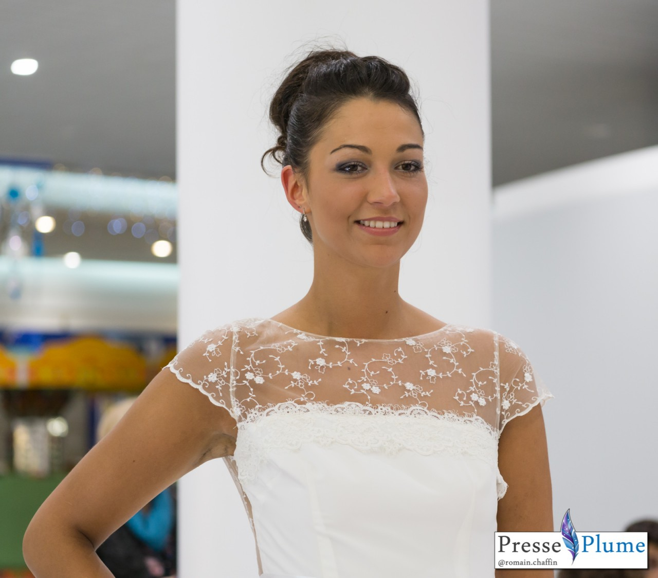 Lina DALATI, future 2e Dauphine, en robe de mariée